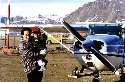 Pangirtung residents with C-GOLJ